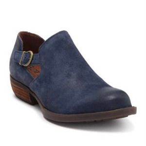 BORN Leather Buckle Bootie Oval Toe Navy Blue 7.5